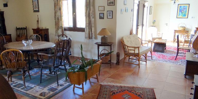 Bungalow-diningroom2