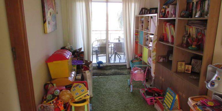 house-bedroom6