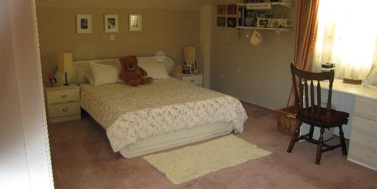 house-bedroom2
