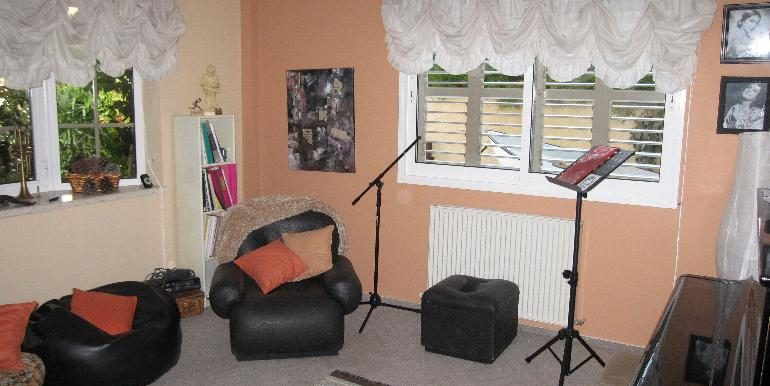 house-music-room