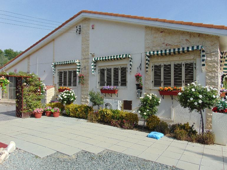 1124 – 3 bedroom bungalow North East of Limassol