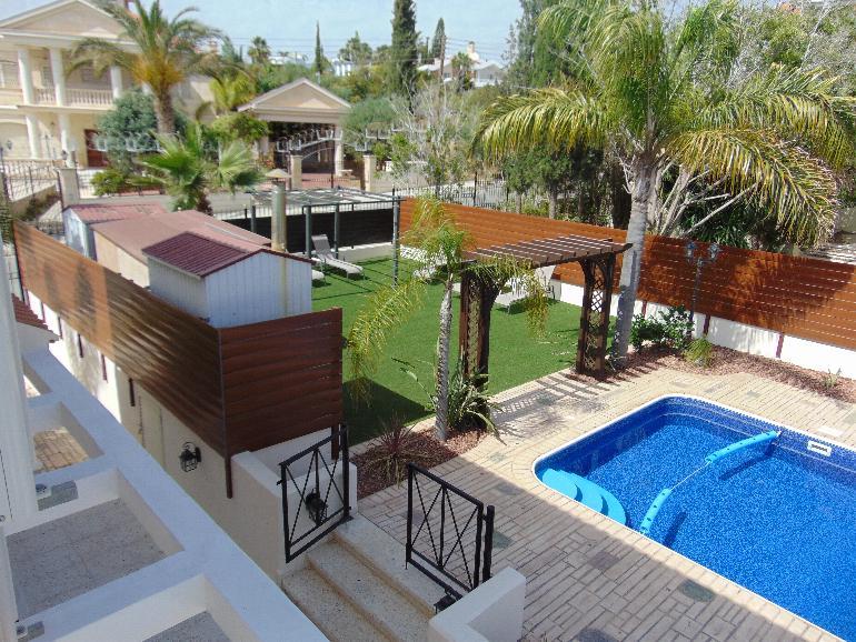 1116 – 4/5 bedroom villa Kalogiri