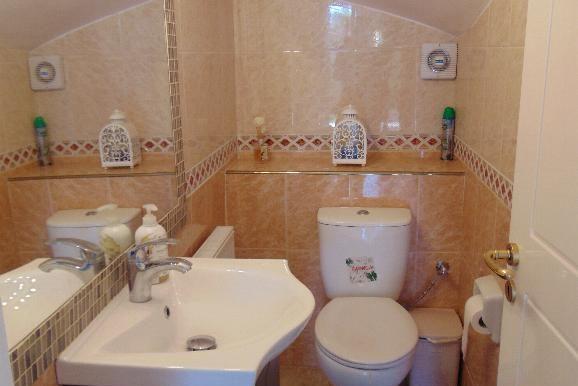 villa - guest WC