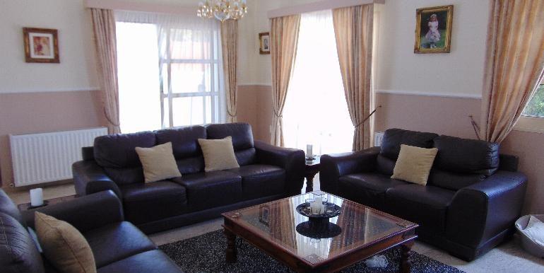 villa - lounge area2