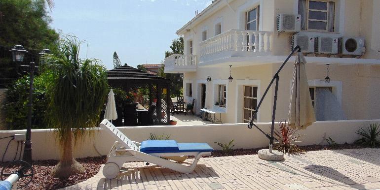villa - rear
