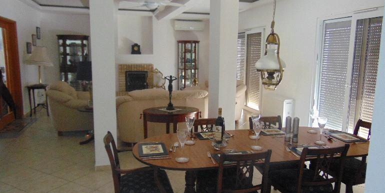 House - dining3
