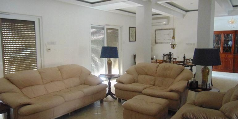 House - lounge2