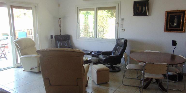 House - sitting room2