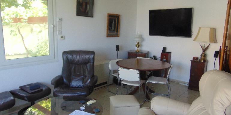 House - sitting room3