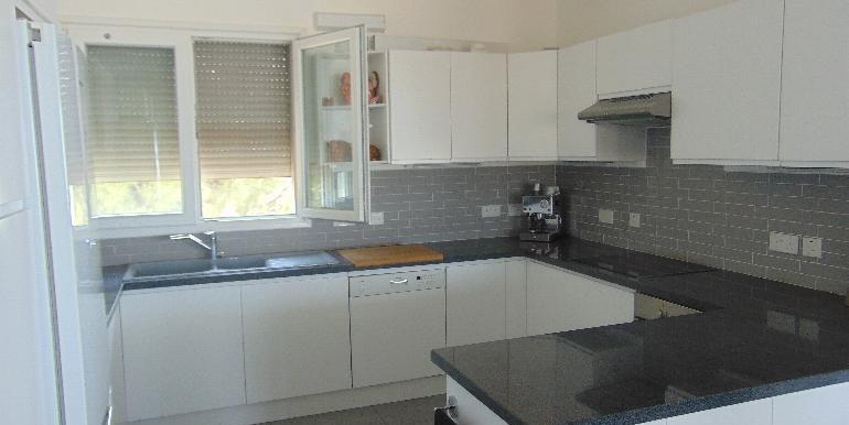 House - upper kitchen2