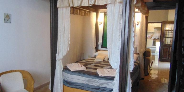 old town - bedroom2
