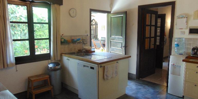 old town - kitchen4