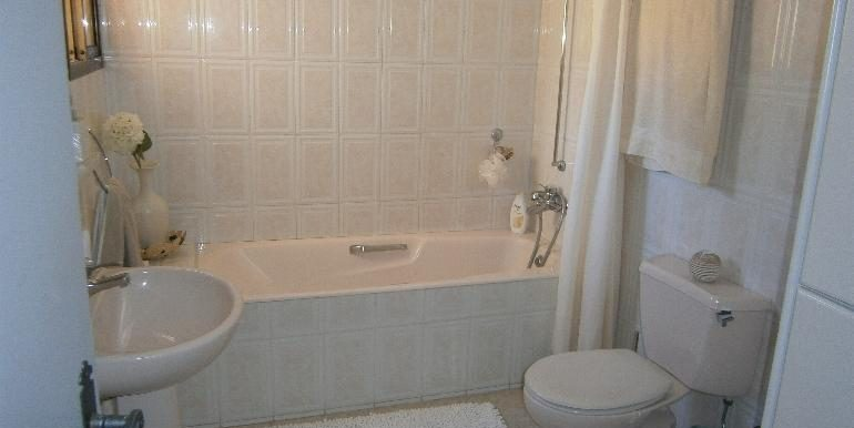 lania-bathroom