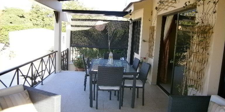 lania-patio2