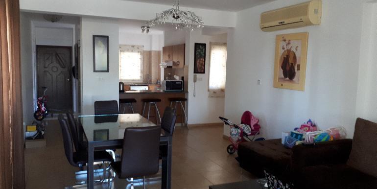 apartment dining2