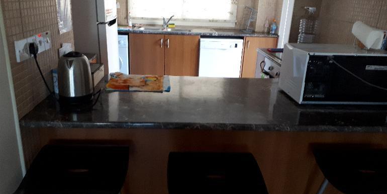 apartment kitchen3