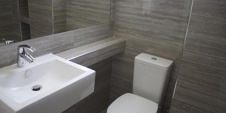 Apartment bathoom