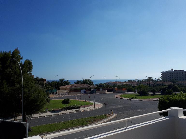 1175 – 2 bedroom apartment Parekklisia tourist area