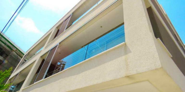 apartment balcony2