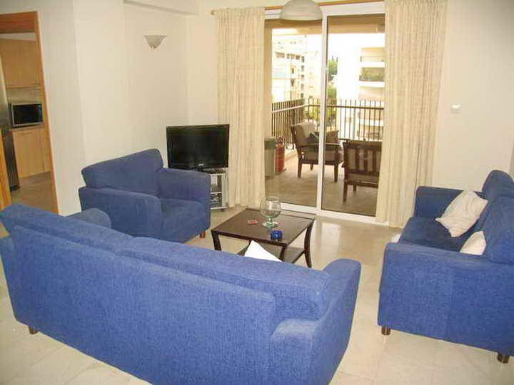 1177 – 2 bed apartment Neapolis